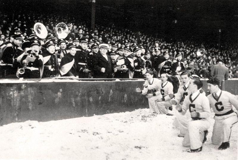 CheeringBriggs1939